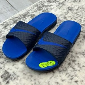 NIB Nike Benassi Solarsoft men's slide sandals
